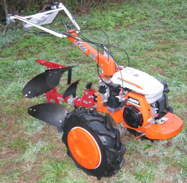 motoculteur kubota avec charrue